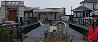 F48 Folkestone Habour Station